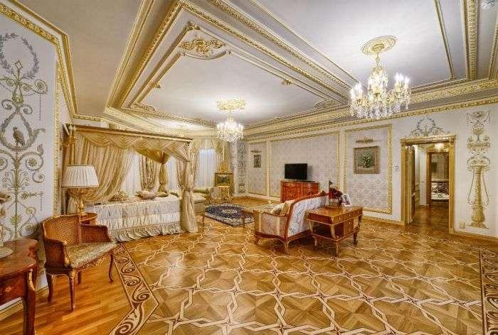 На Рубльовці продають палац за 100 мільйонів доларів (24 фото)