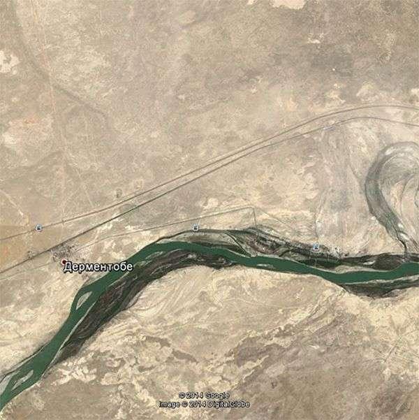 Сервіс Google Earth і незвичайна координата на Байконурі (8 фото)