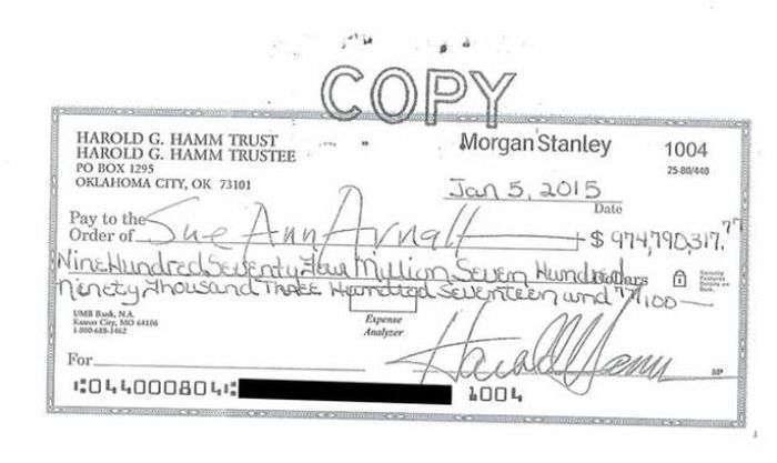 Дружина нафтового магната відмовилася від 1 млрд доларів, вимагаючи більшого (3 фото)
