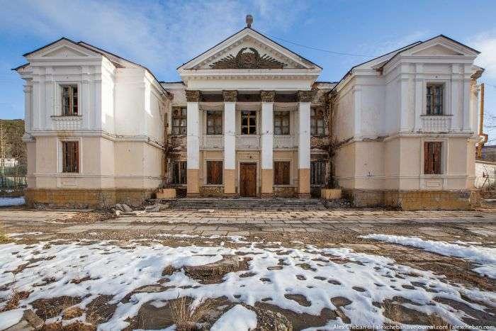 Справжній радянський санаторій в Магаданській області (45 фото)