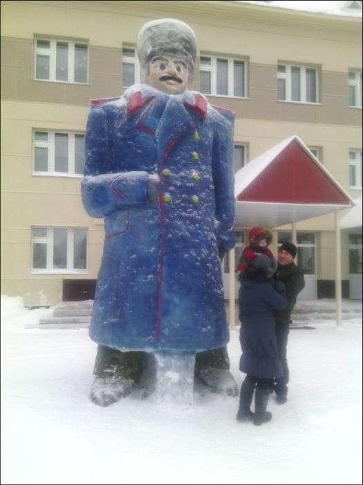 Яскраві сніговики з Татарстану (25 фото)