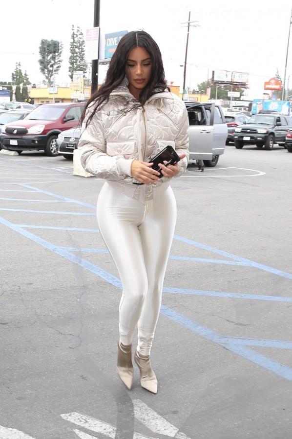 Уличный стиль КиКи kim kardashian