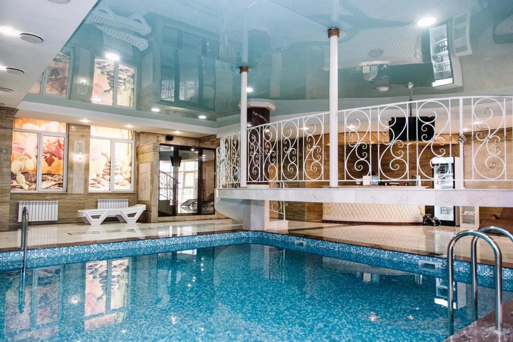 Гостинично-ресторанный комплекс Amici Grand Hotel : адрес, описание номеров, сервис, отзывы путеествия, путешествие и отдых