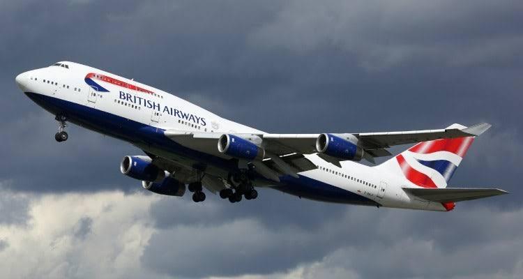 Покорительницы небес: девушки-пилоты из Великобритании рассказали о буднях в кабине самолета путеествия, Путешествие и отдых