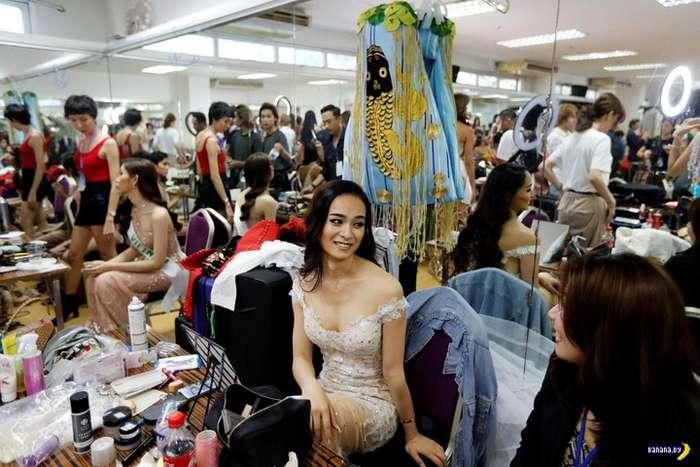 В Таиланде прошел конкурс красоты среди трансов Интересное