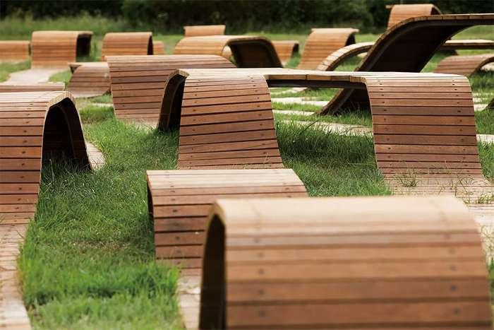 Южнокорейский архитектор создал комплекс скамеек, похожий на корневую систему Интересное
