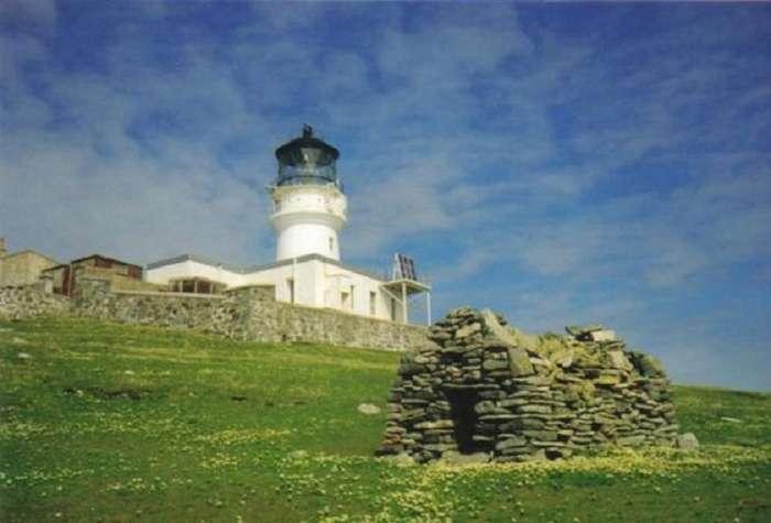 Шотландская тайна: любопытное исчезновение хранителей маяка Эйлин Мор Интересное