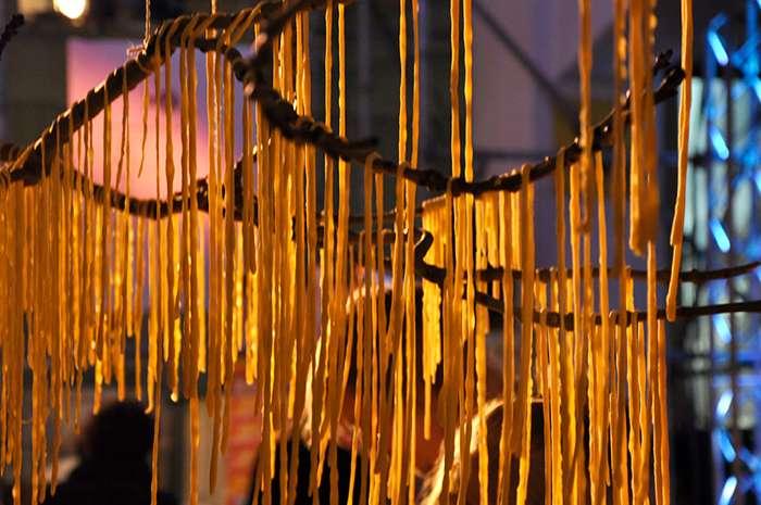 Самый знаменитый телевизионный розыгрыш о макаронах на деревьях Интересное