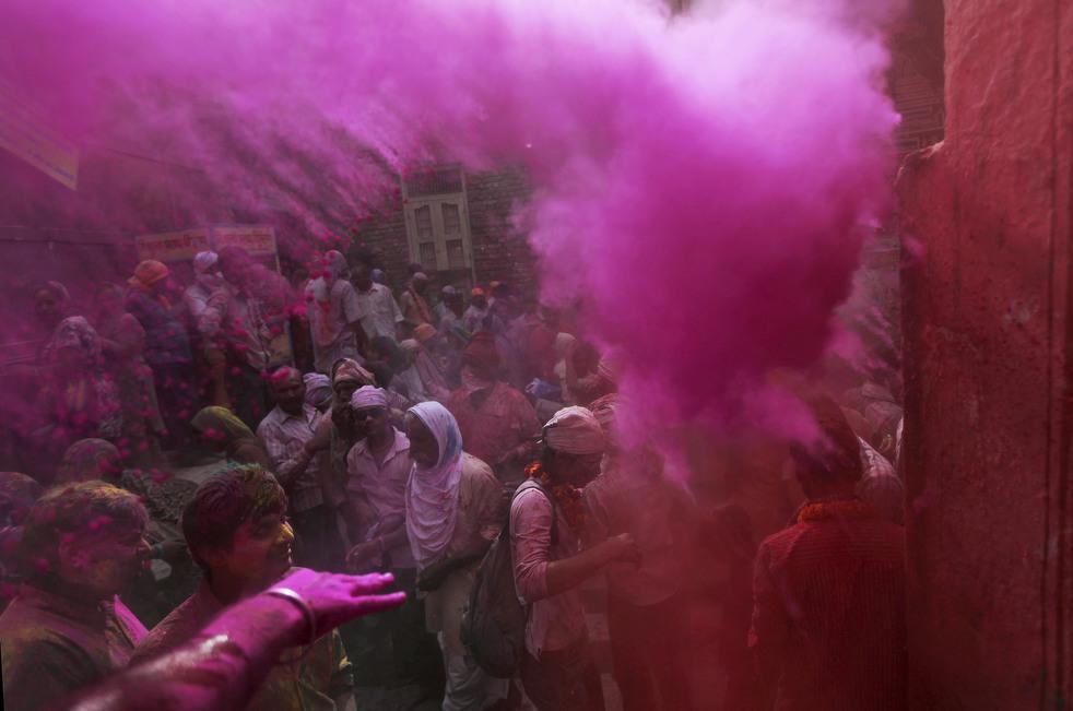 Праздник весны в индуистской традиции