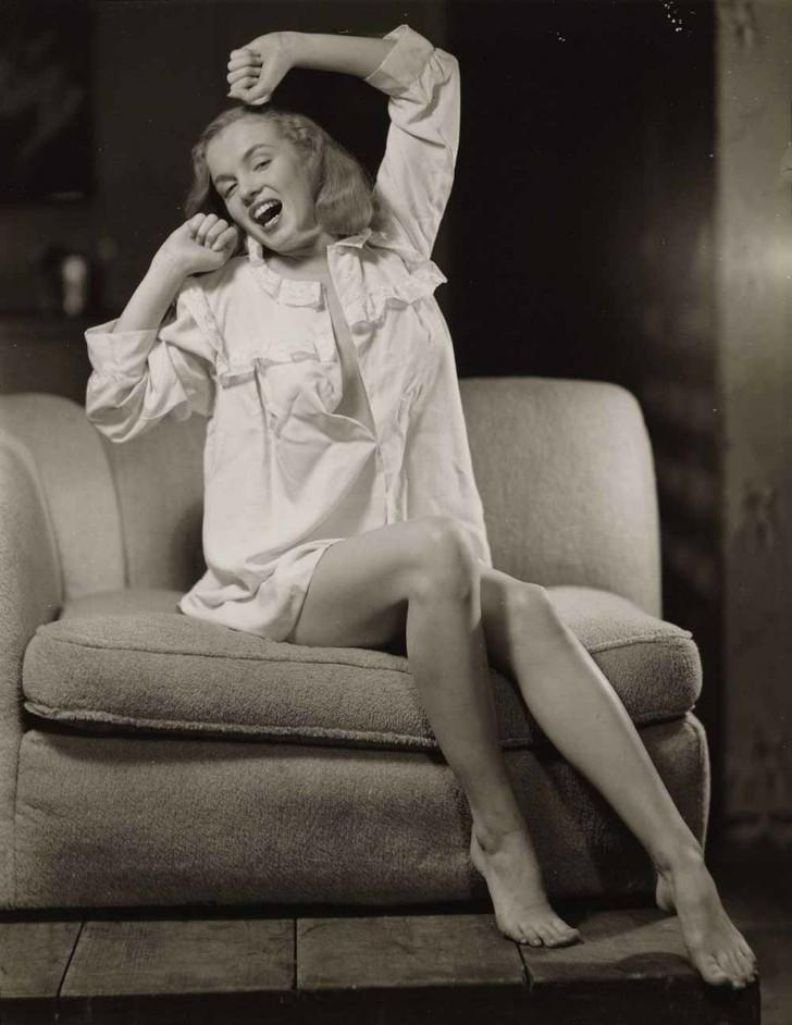 18 редких эротических фотографий Мэрилин Монро в самом начале ее карьеры девушки