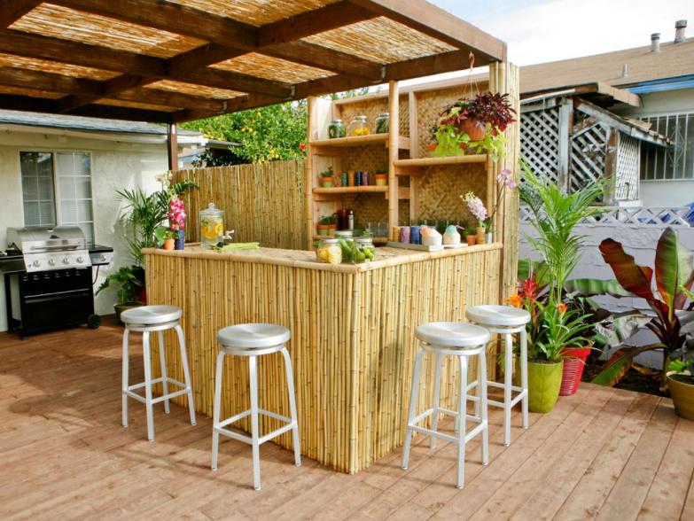 Для вдохновения - креативные идеи бара на заднем дворе бар