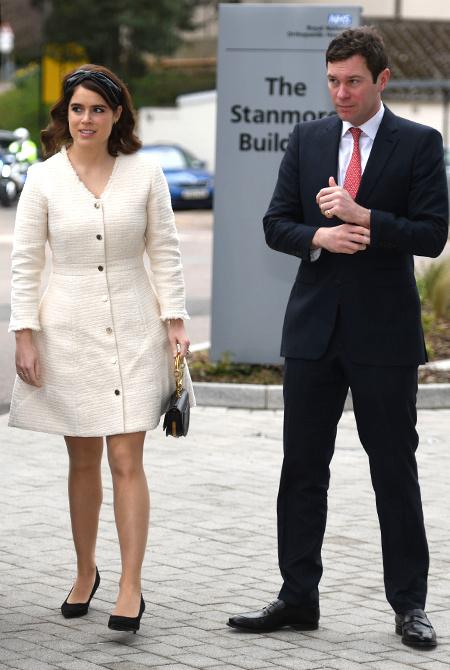 Принцесса Евгения и Джек Бруксбэнк впервые вышли в свет после свадьбы по заданию королевы Елизаветы II Монархи / Британские монархи