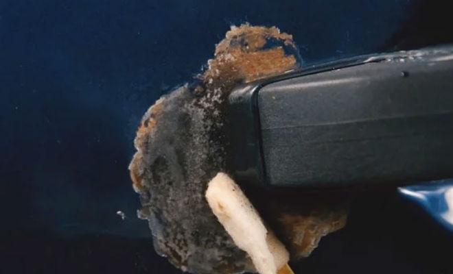 Соль и вода: хитрость опытных водителей для удаления ржавчины автомобиль