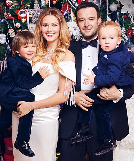 Мария Кожевникова рассказала, почему до сих пор не расписана с отцом своих детей Звезды / Звездные пары