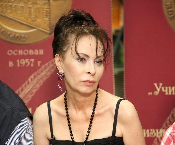 7 российских звезд, которые отказались отпластики, но выглядят намного моложе своих лет загадочность