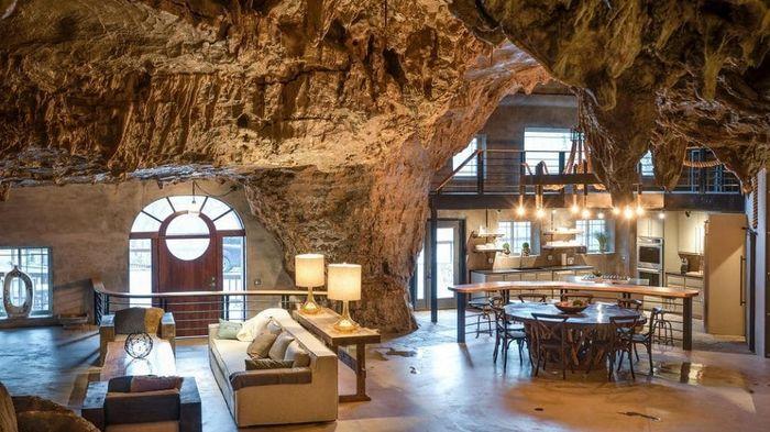 Из жизни миллионеров: роскошный особняк в пещере со сталактитами интерьер и дизайн